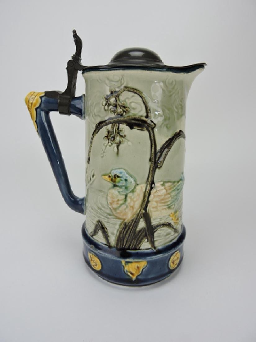 Choisy-le-Roi majolica pitcher with ducks and - 2