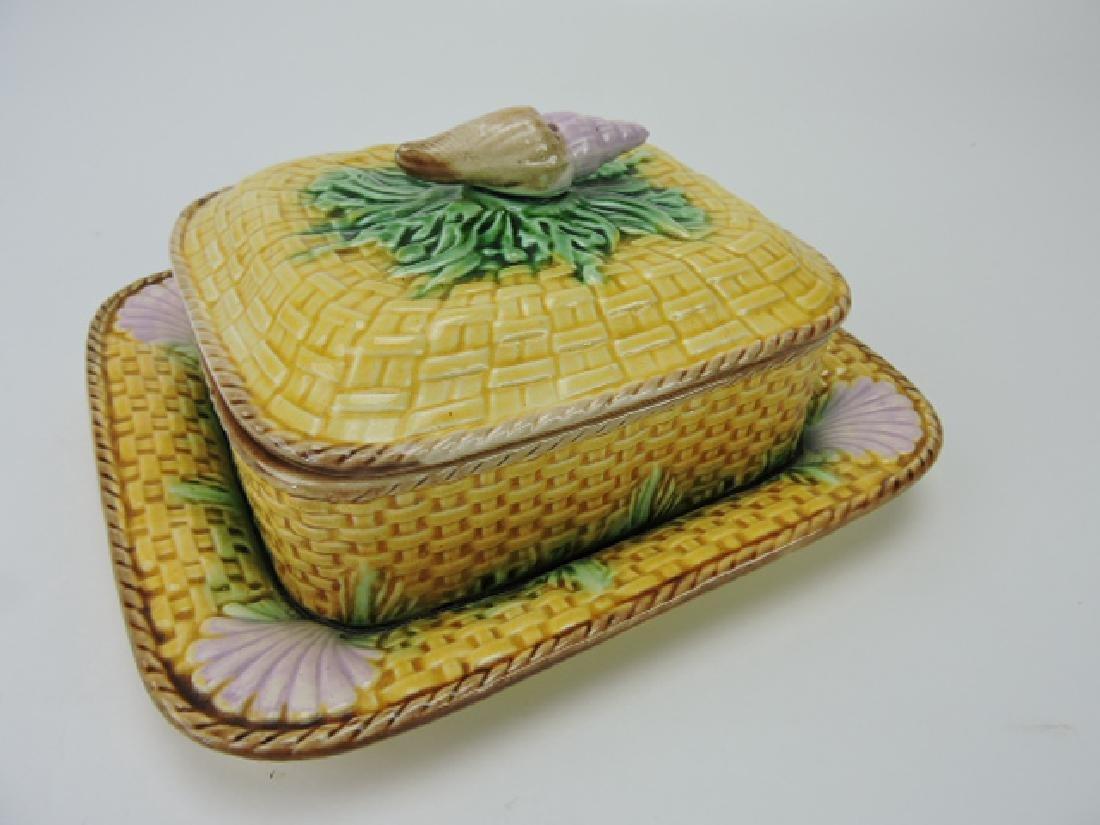 Majolica basketweave and shell sardine dish,