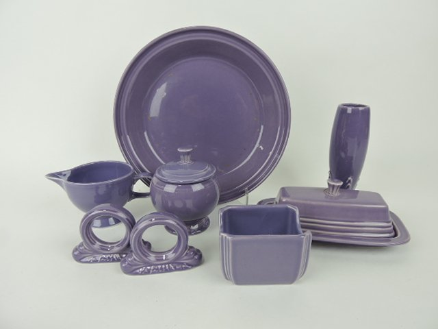 Fiesta Post 86 lilac lot of 7 pcs: pie baker,