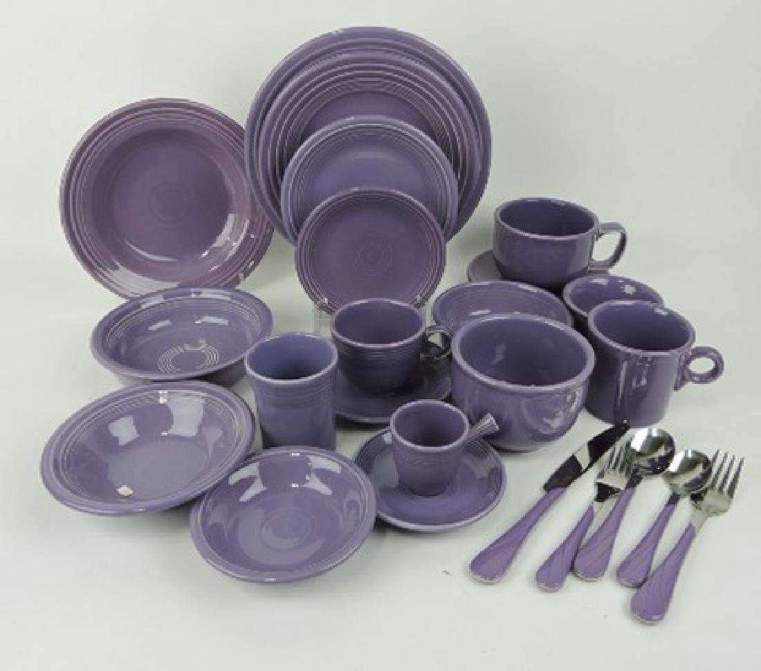 Fiesta Post 86 lilac 19 pc place setting