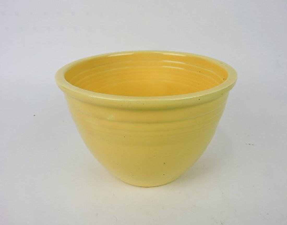 Fiesta mixing bowl, #3 ivory, minor nick