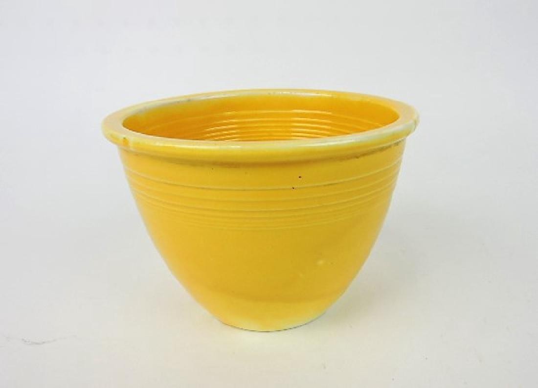 Fiesta mixing bowl, #1 yellow, inside rings,