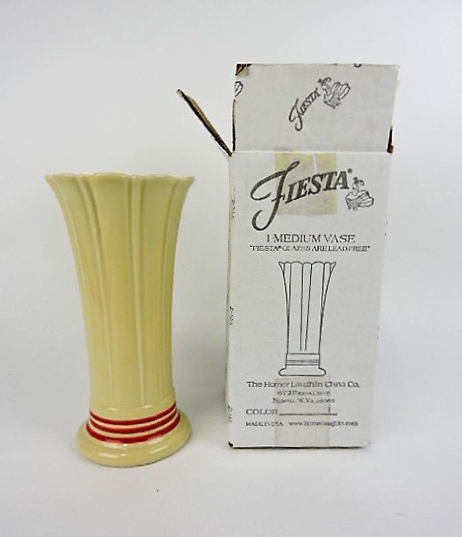 Fiesta Post 86 red stripe medium vase, NIB,