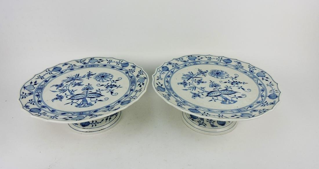 Meissen Blue Onion pair of cake