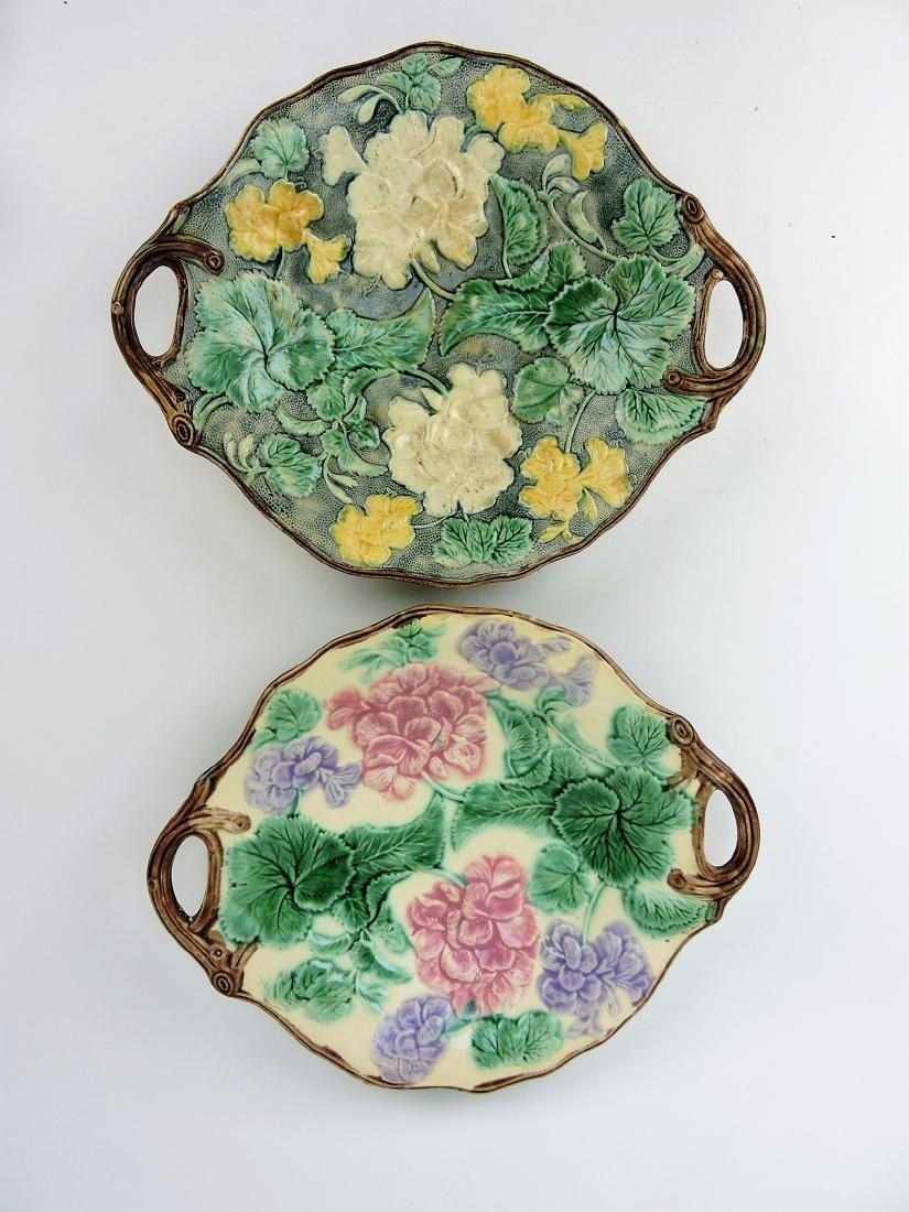Etruscan Majolica pair of geranium
