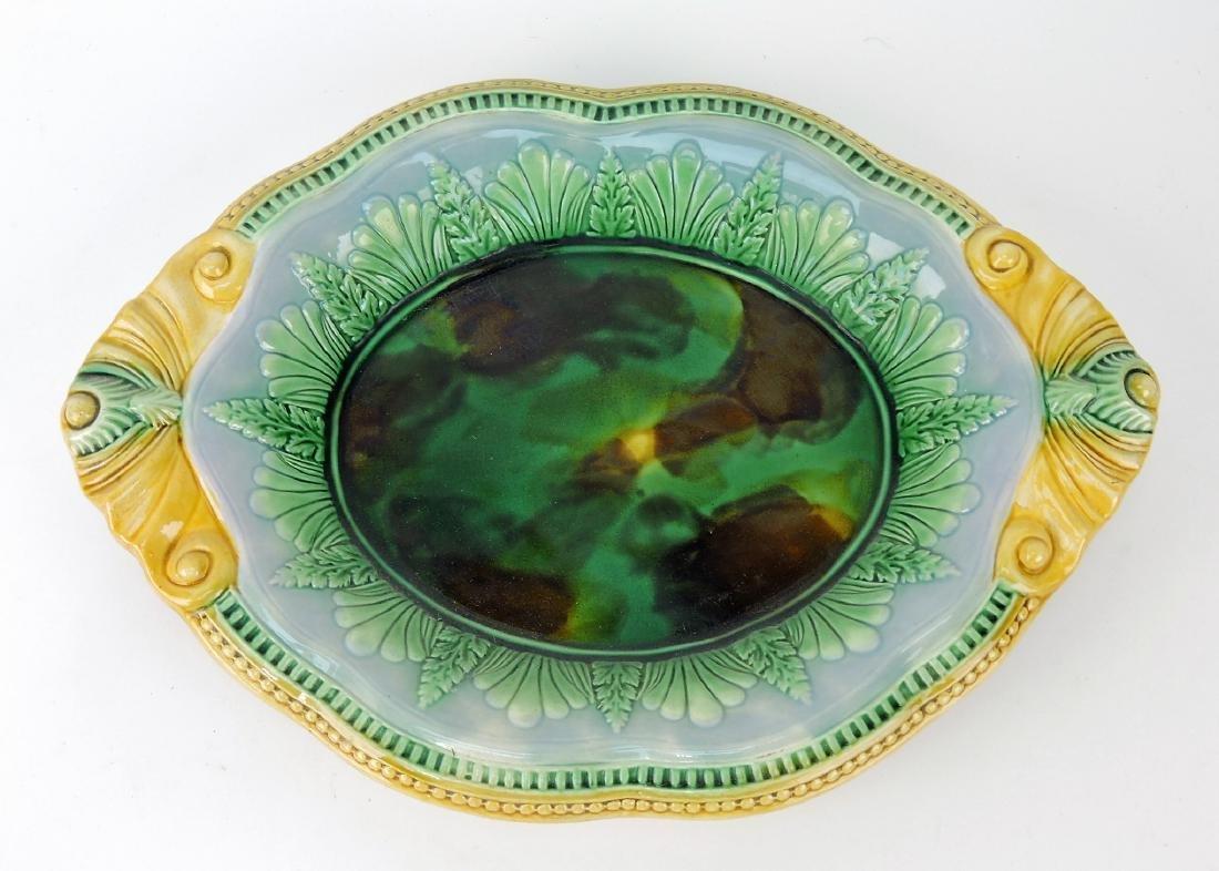 Majolica platter with mottled