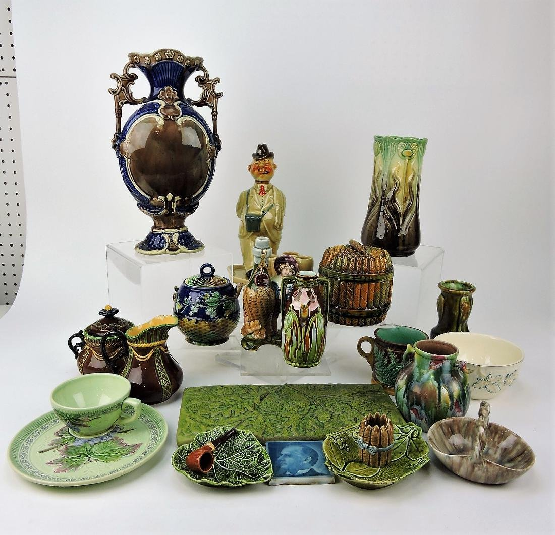 Majolica lot of 19 assorted pieces,