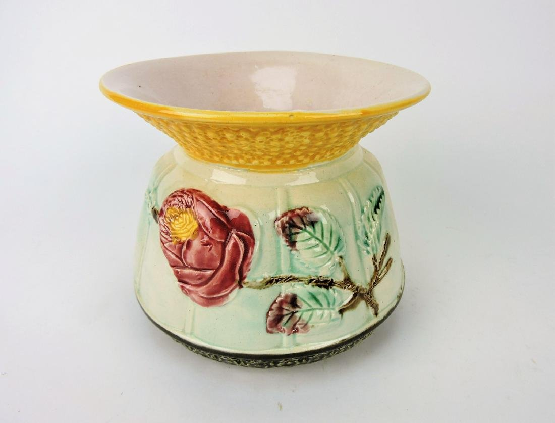 Majolica spitton with rose