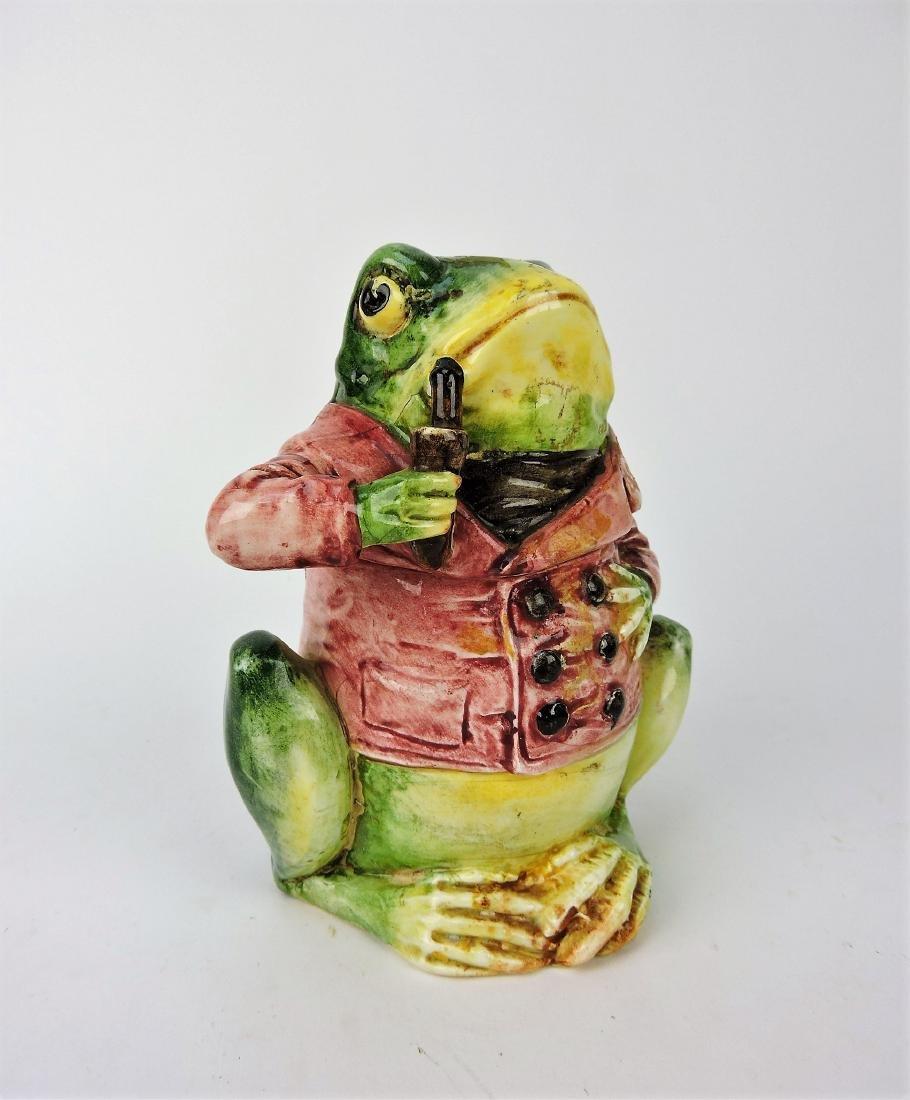 "Majolica figural frog humidor, 6 1/2"","