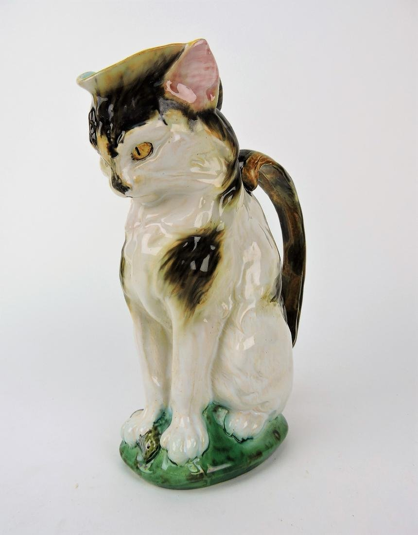 Minton Majolica figural cat with mouse