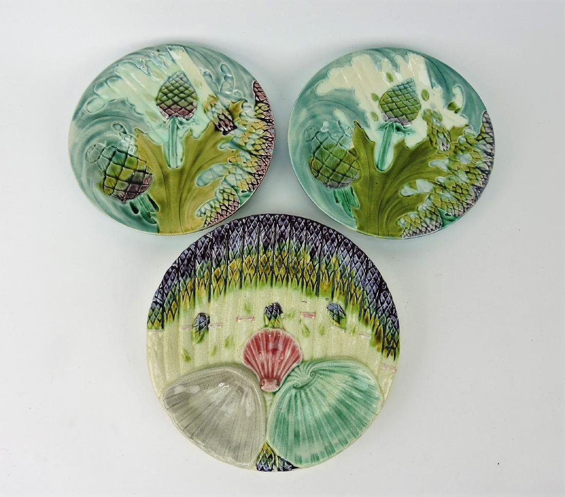 Majolica lot of 3 asparagus plates,