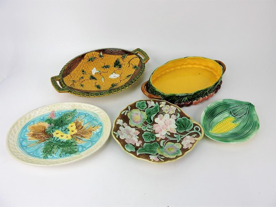 Majolica lot of 5 trays, various