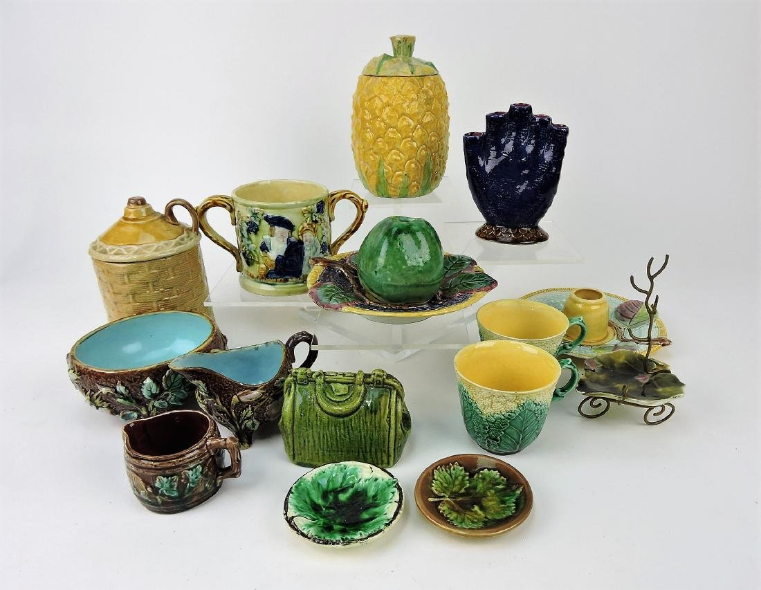 Majolica lot of 15 assorted pieces,