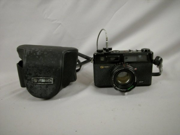 1018: Vintage Camera - Yashica Electro 35 GT with case