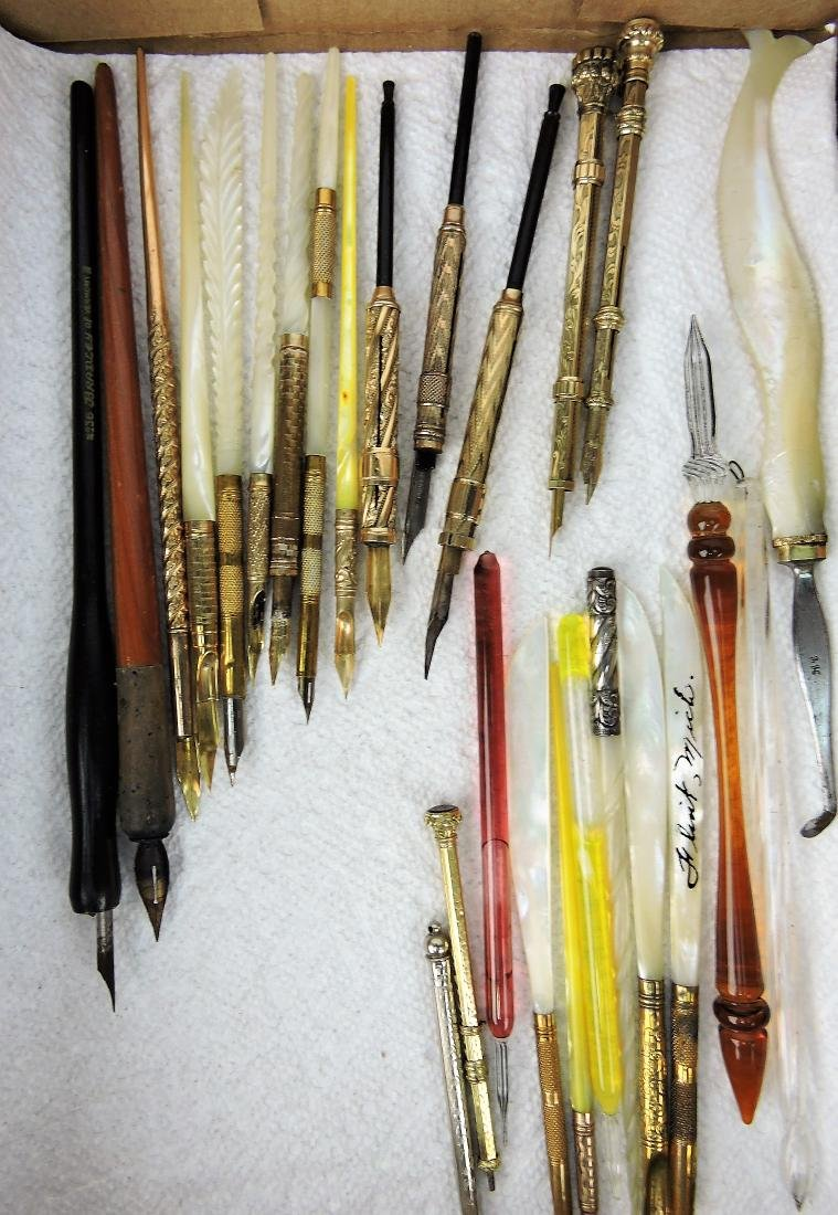 Lot of 26 writing pens with gold filled,