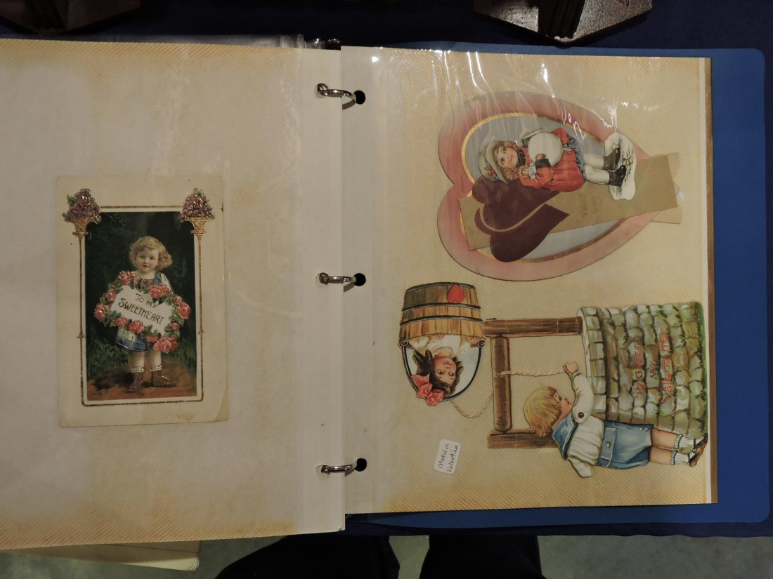 Post card album; Santa's, Christmas, - 4