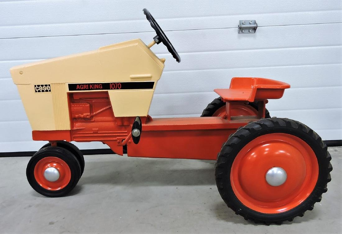 1970 Case Agri-King 1070 pedal tractor