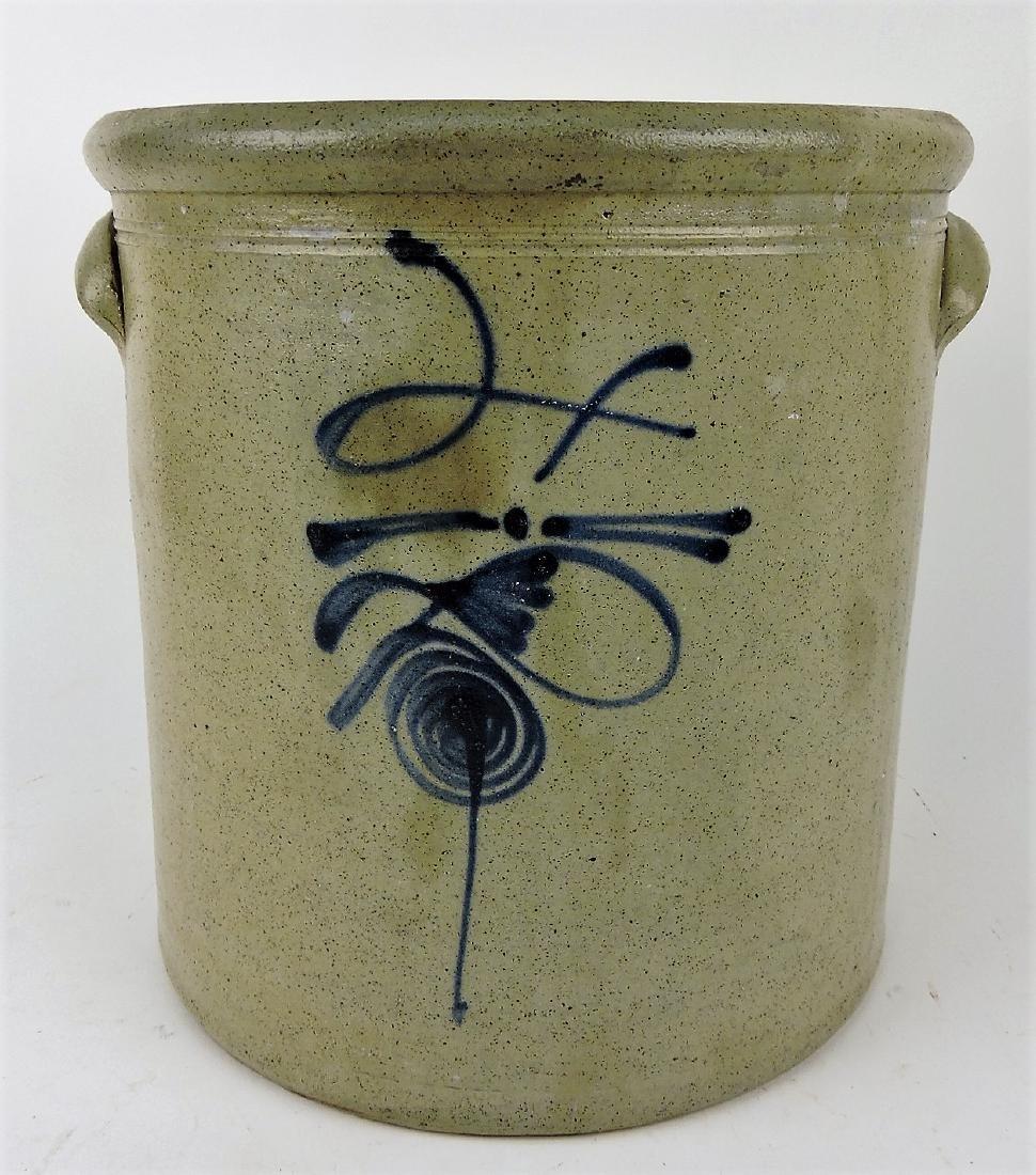 4 gallon salt glaze beesting crock,