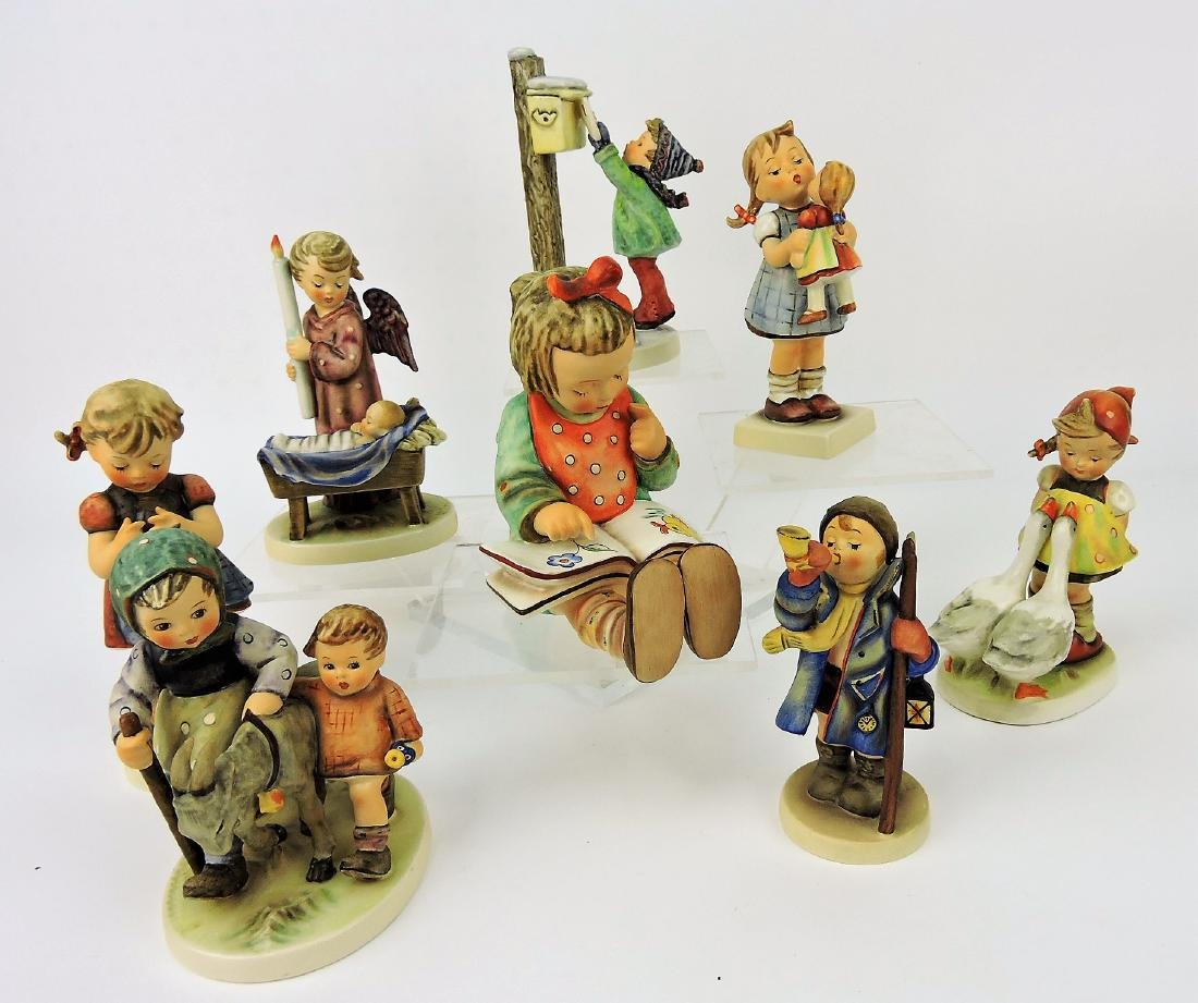 "Hummel lot of 8 figures, 6"" avg;"