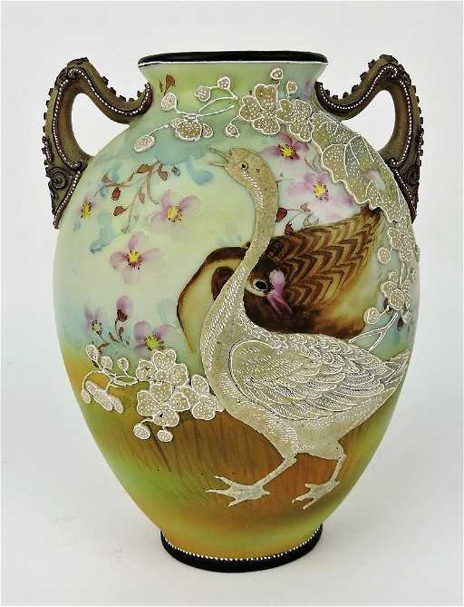 Nippon Moriage Vase With Geese