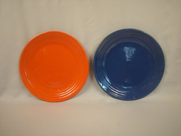 """10: Bauer Pottery Ringware 12 3/4"""" chop plates, red and"""