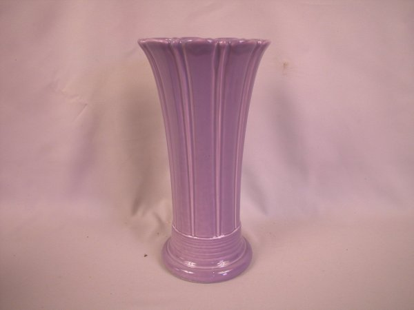 "22: Fiesta Post 86 Lilac 10"" vase"