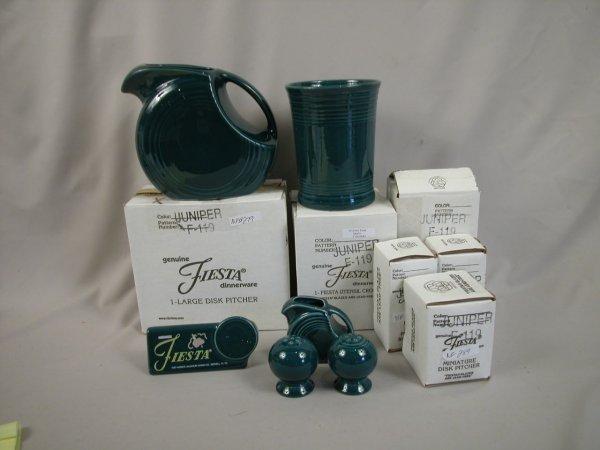 14: Post 86 Fiesta Juniper group - disk water pitcher;