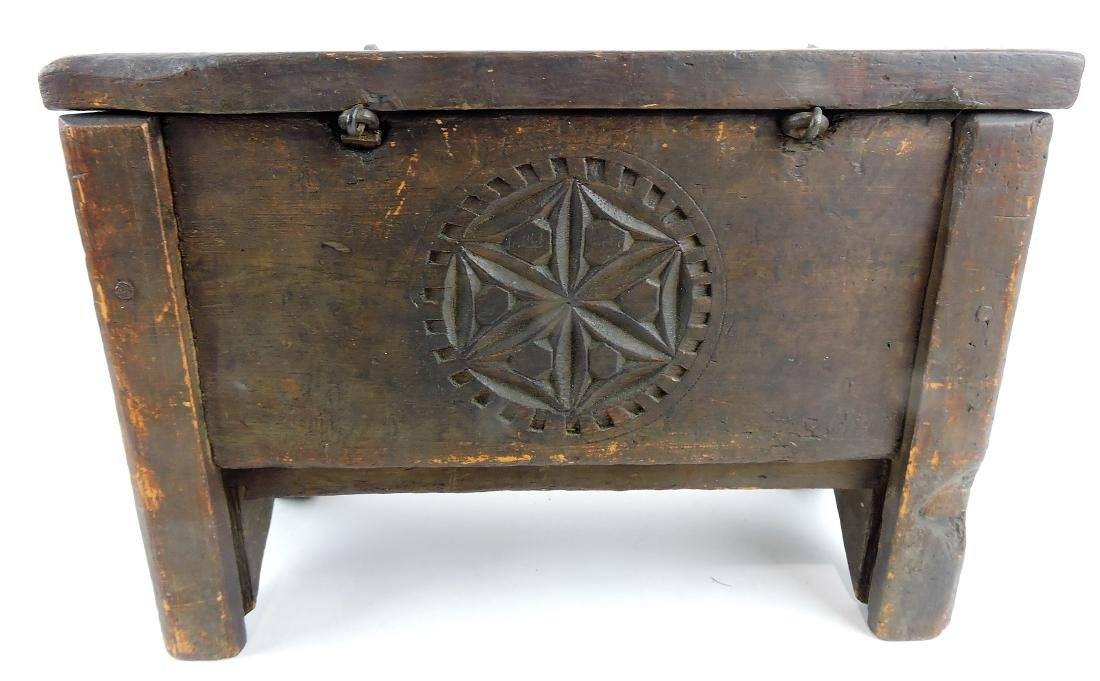 Chippendale carved and painted - 4