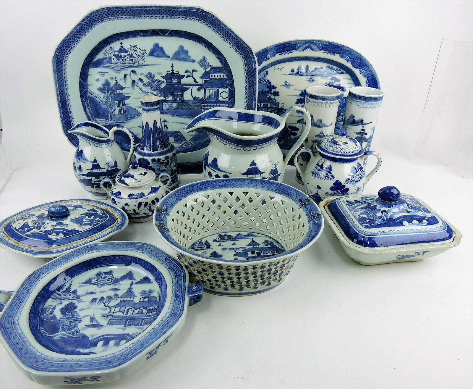 Canton china huge lot of 134 pieces;