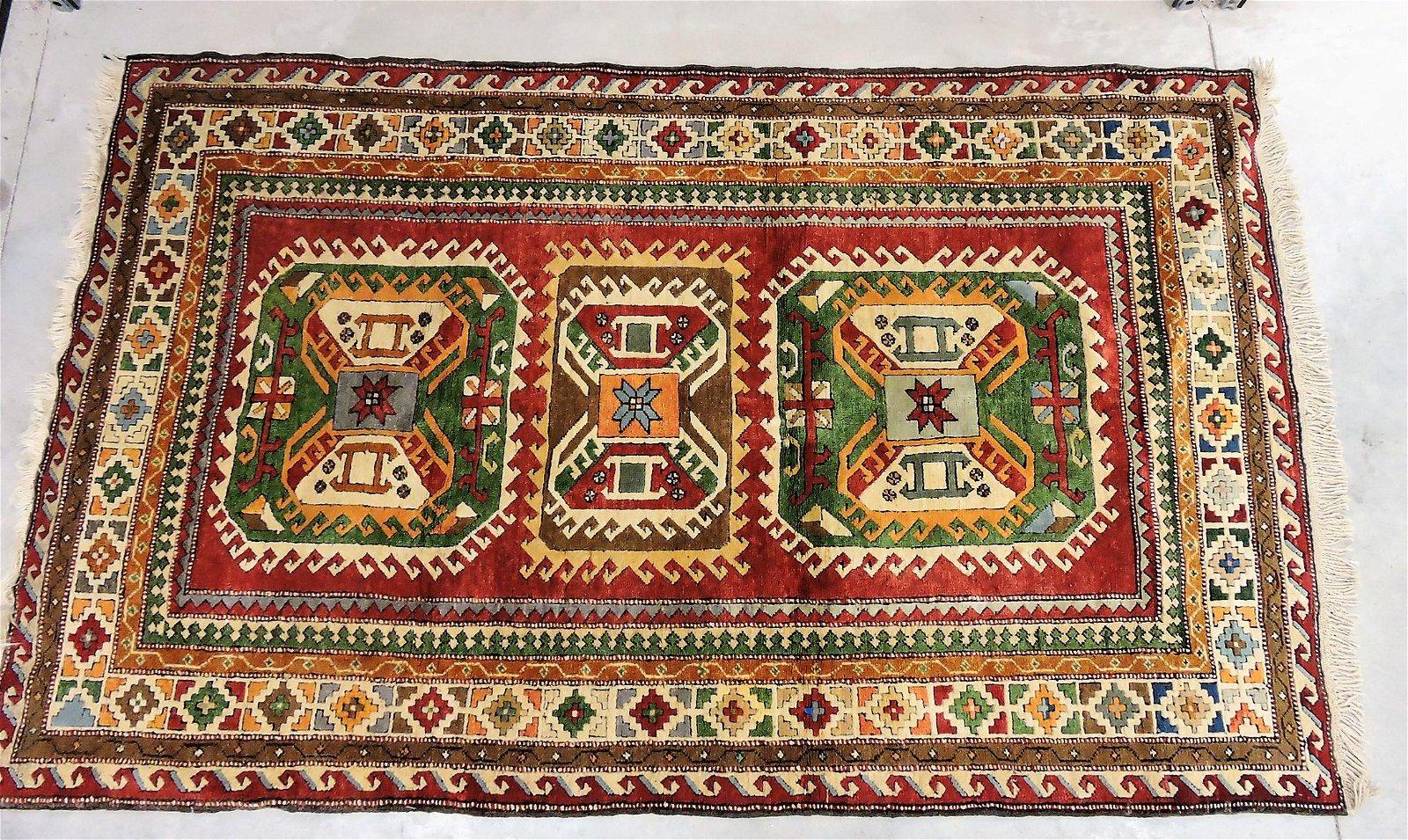 "Oriental rug, 7'7"" x 4'9"""