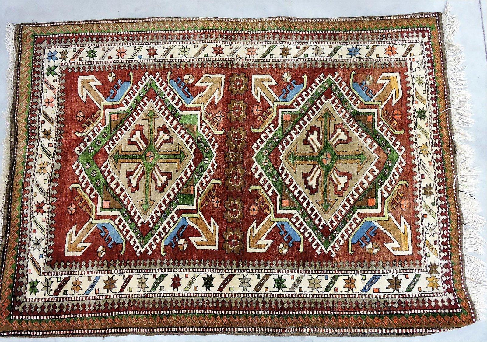 "Oriental rug, 6' x 4'3"""