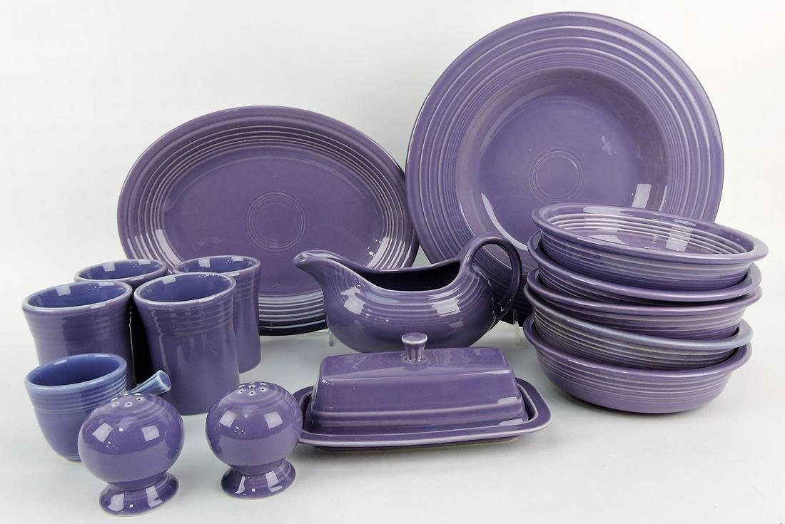Fiesta Post 86 lilac lot of 16 pieces;