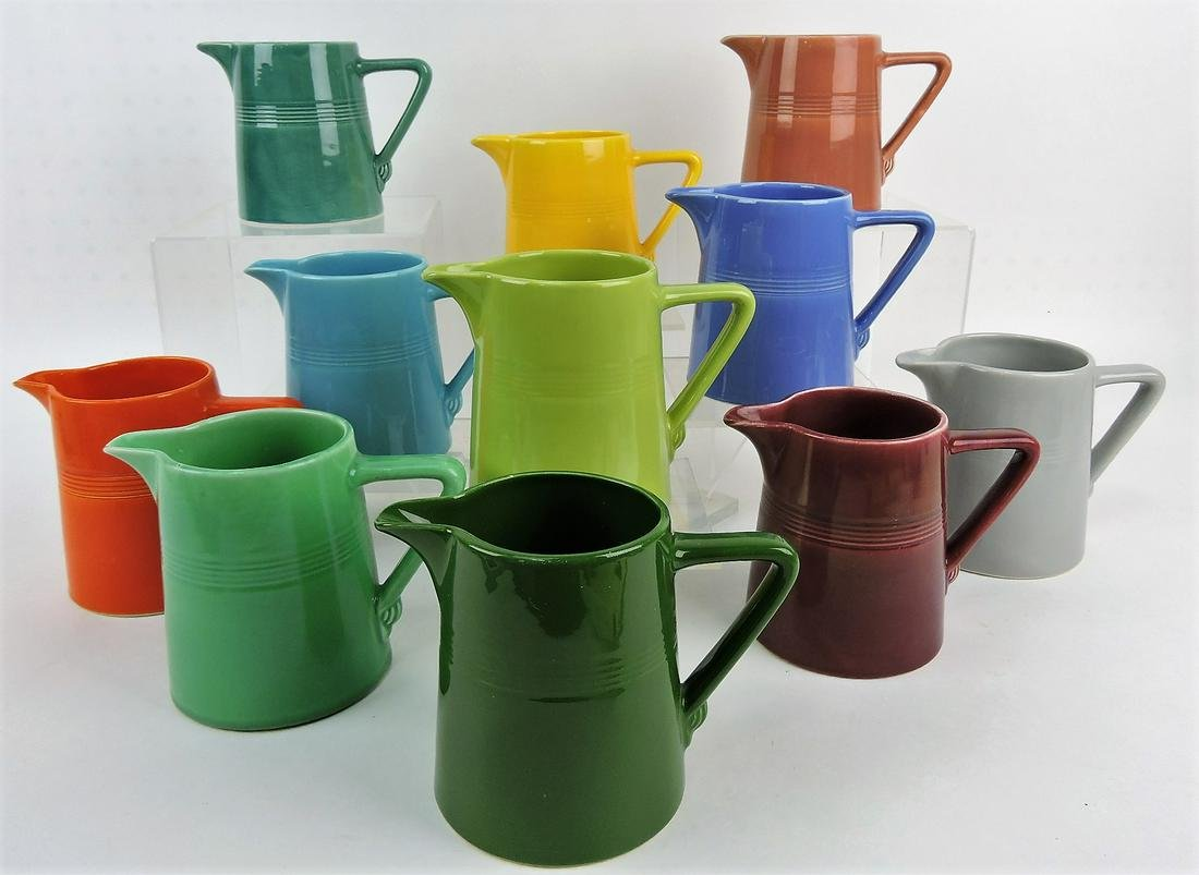 Fiesta Harlequin lot of 11 - 22oz jugs;