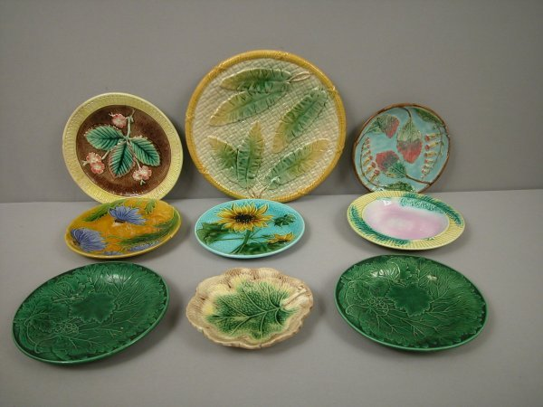 6: Majolica group of 9 plates in various patterns, some