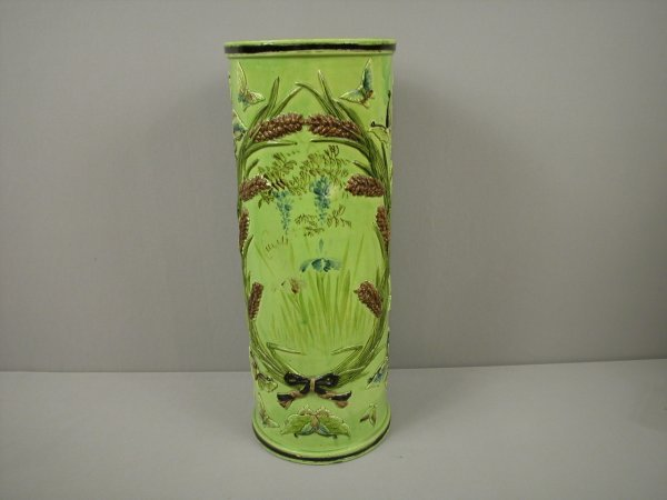 18: Majolica Umbrella stand with wreath of wheat with r