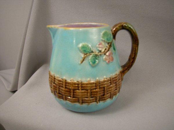 405: Majolica GEORGE JONES turquoise apple blossom crea