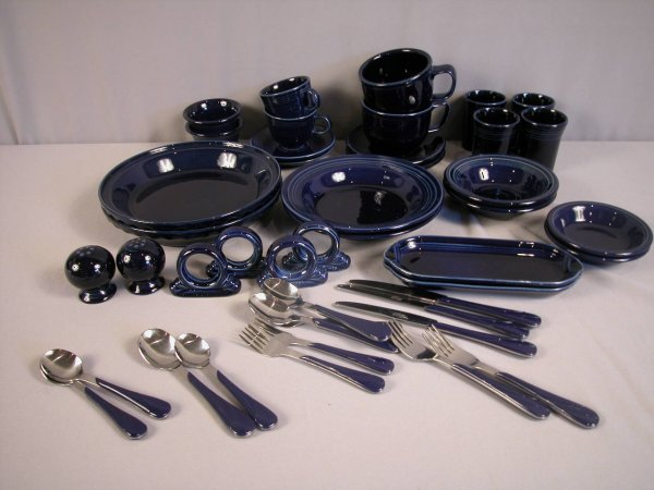 2006: Fiesta Post 86 cobalt group - 46 pieces - 2 bouil