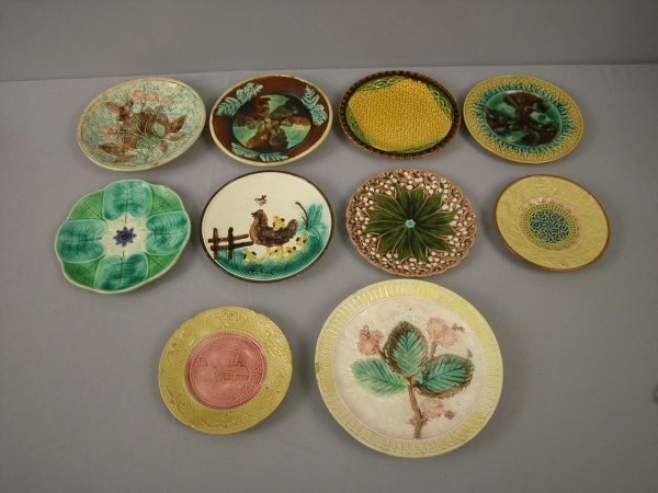 8: Majolica  Lot of 10 plates, various patterns and con