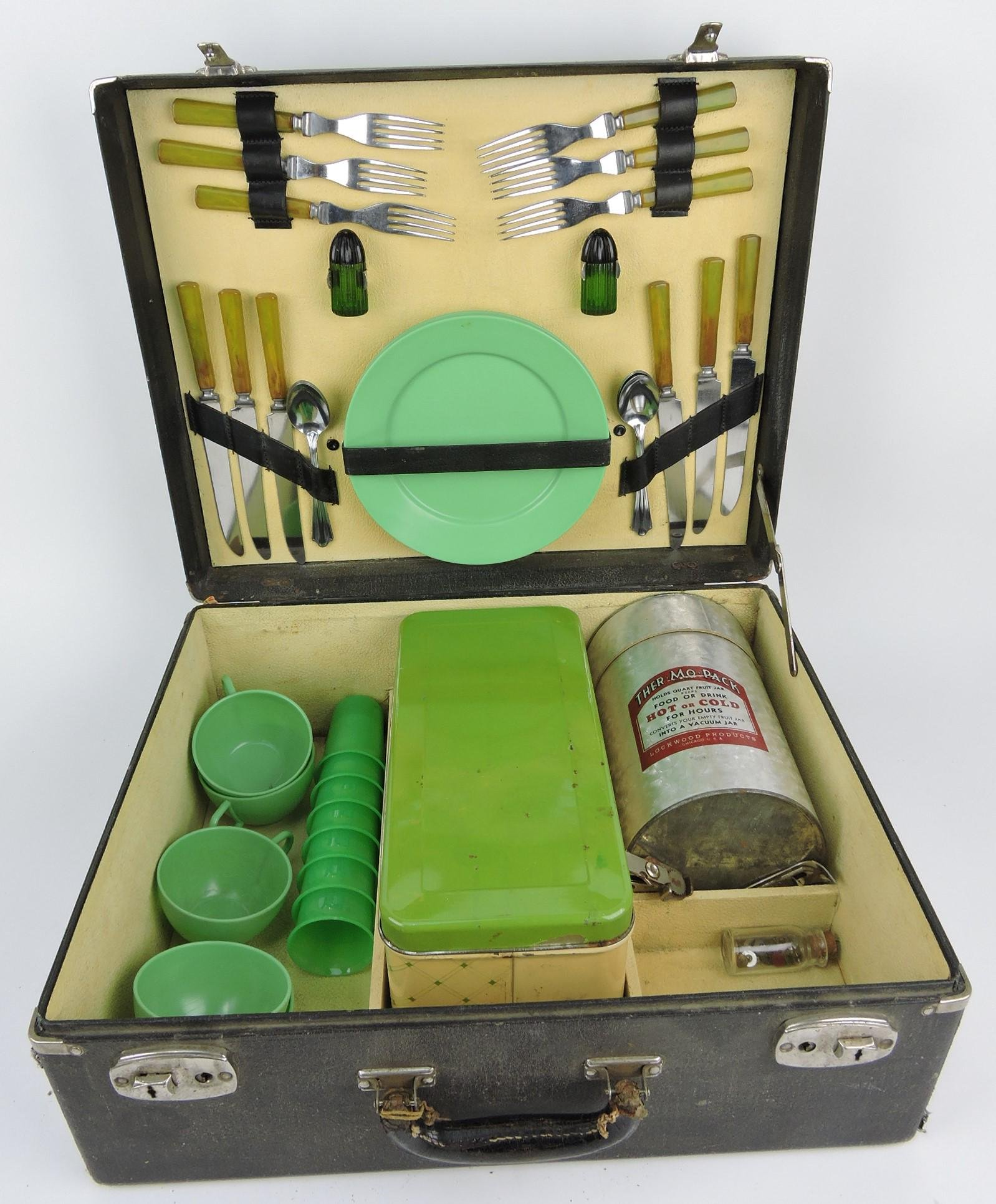 Lockwood Products traveling lunch kit