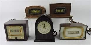 Lot of 5 electric clocks