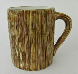 Majolica bamboo mug with two frogs