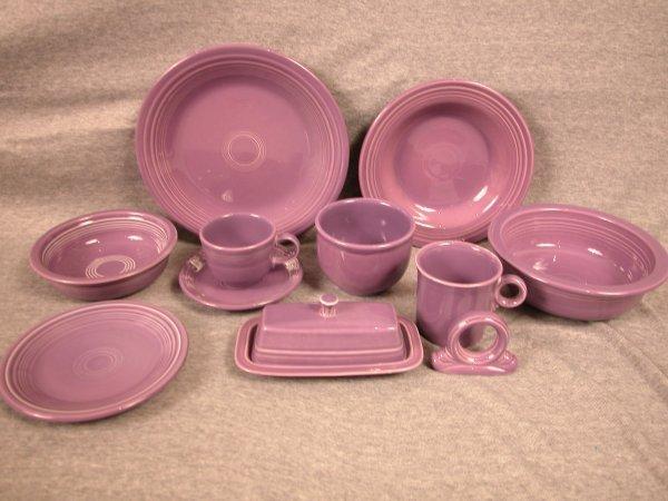 22: Post 86 Fiesta lilac 11 piece group - dinner plate,