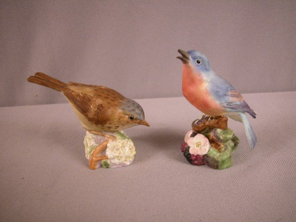 1014: Royal Worcester Hedge Sparrow#3333 and Blue Bird