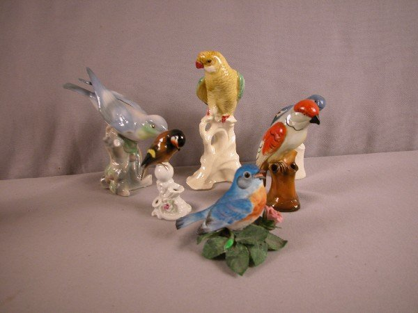 1023: Lot of 6 bird figures