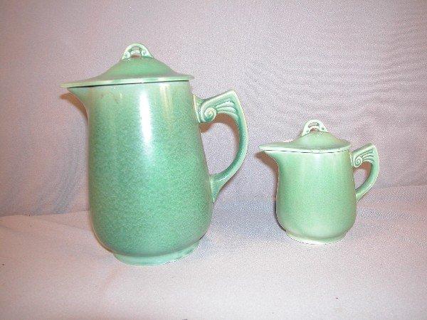 14: Fiesta Wells Art Glaze HLC green batter jug and syr