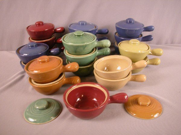 23: Fiesta HLC USA lot of stoneware bean pots, 18 with