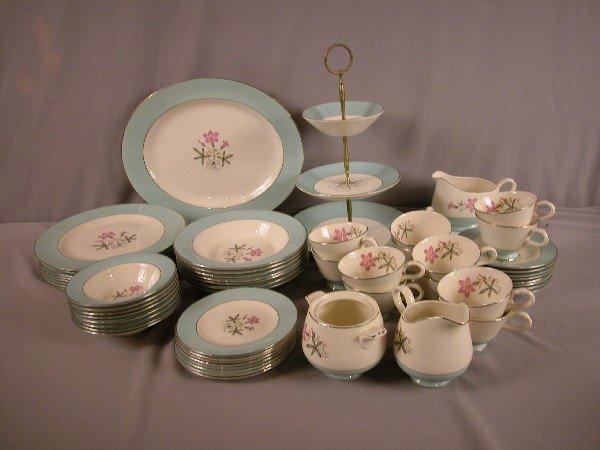 24: Fiesta HLC set of Cavalier eggshell dinnerware with