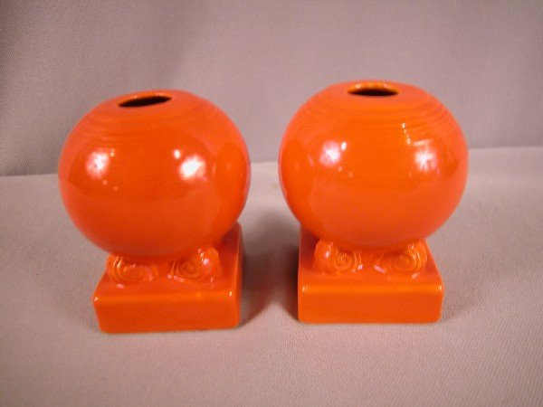 3008: Fiesta red pair of bulb candle holders