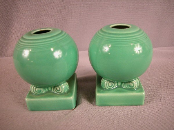 3013: Fiesta pair of green bulb candle holders