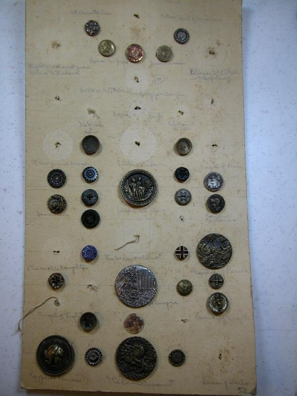 """4024: Card of 31 """"Bible"""" buttons"""